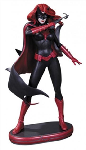 22771 - DC COMICS COVER GIRLS BATWOMAN STATUE