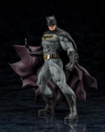 63768 - DC UNIVERSE - BATMAN REBIRTH - ARTFX STATUE 19CM
