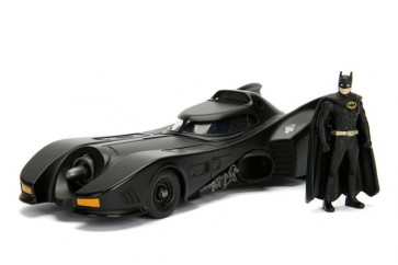 BATMAN - BATMOBILE 1989 W/BATMAN - SCALA 1:24