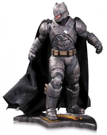 BATMAN V SUPERMAN - ARMORED BATMAN - DC DIRECT - STATUA 31 CM